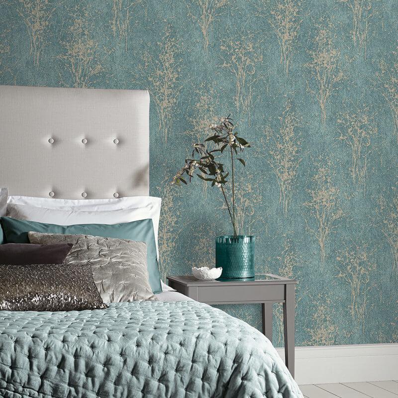 https://www.gowallpaper.co.uk/media/catalog/product/a/r/arthouse_floresta_tree_teal_glitter_wallpaper_-_292702_room.jpg