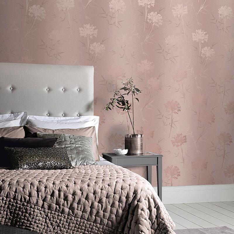 Gold Patterned Bedroom Wallpaper