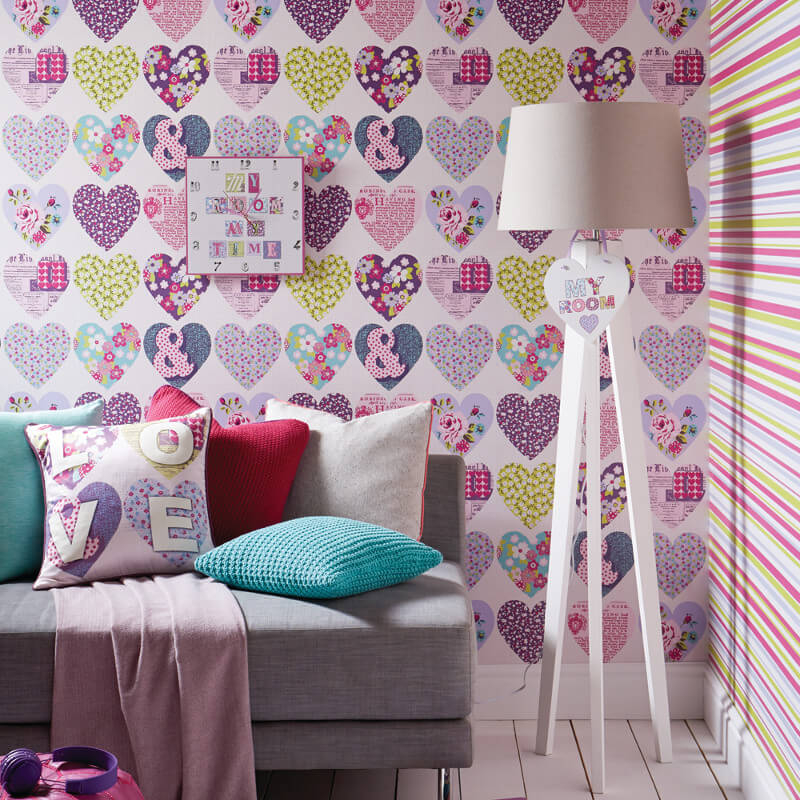 Arthouse Patchworks Hearts and Flower Wallpaper in Purple - 668501
