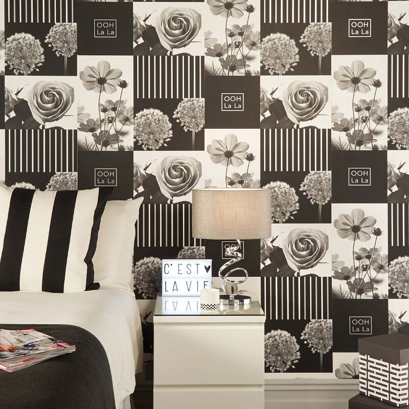 Crown Coco Floral Art Black Wallpaper - M1342